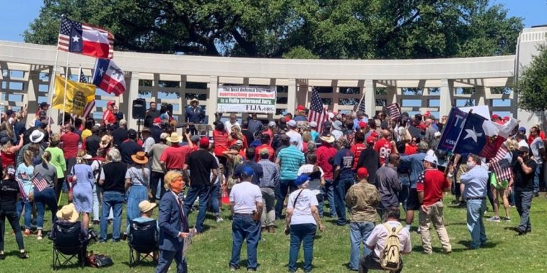 Constitutional Scholar Enlightens Large Audience at 'Open Texas' Rally
